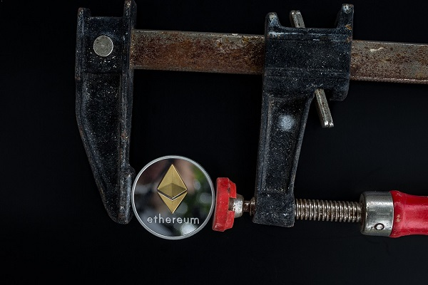 The Basic Features of Ethereum Programming Language Vyper